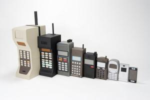 perkembangan-bentuk-ponsel